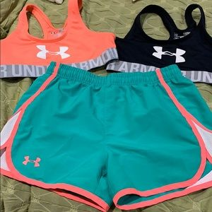 2 sports bra and shorts under armour